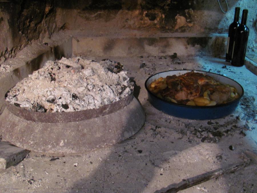 Visit Peljesac Winery - Peka Dish