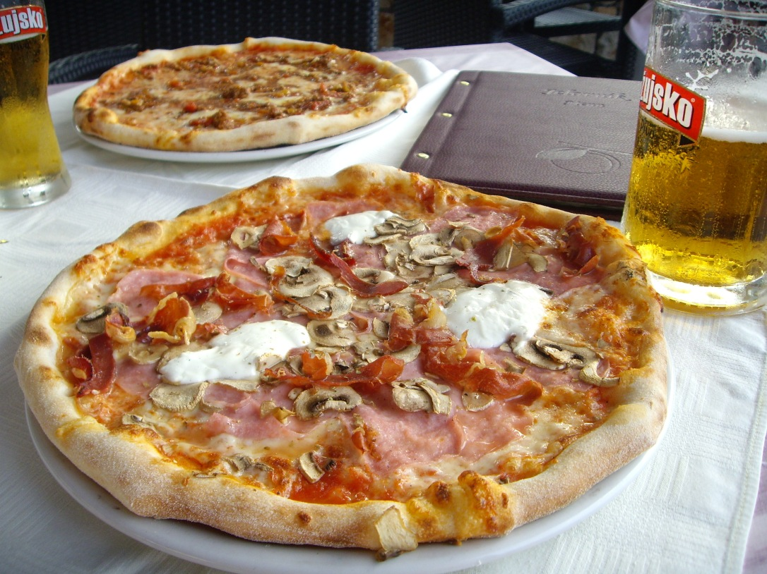 What to eat on Korcula - Pizza